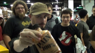 Brad Jones: Brad Tries Flaming Brian's Kitchen: LIVE From Wizard World Chicago!