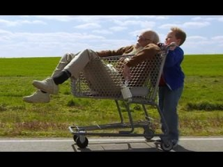 Your Movie Sucks: Quickie: Bad Grandpa / The Walking Dead Part 2 OUT NOW