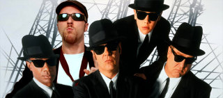Nostalgia Critic: Blues Brothers 2000
